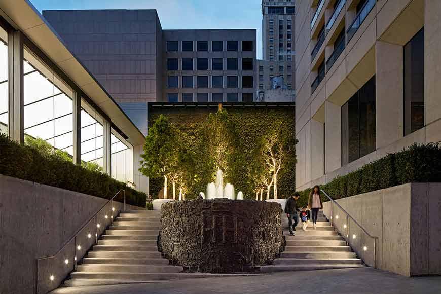North Park Lincoln >> Apple Store   Union Square - San Francisco